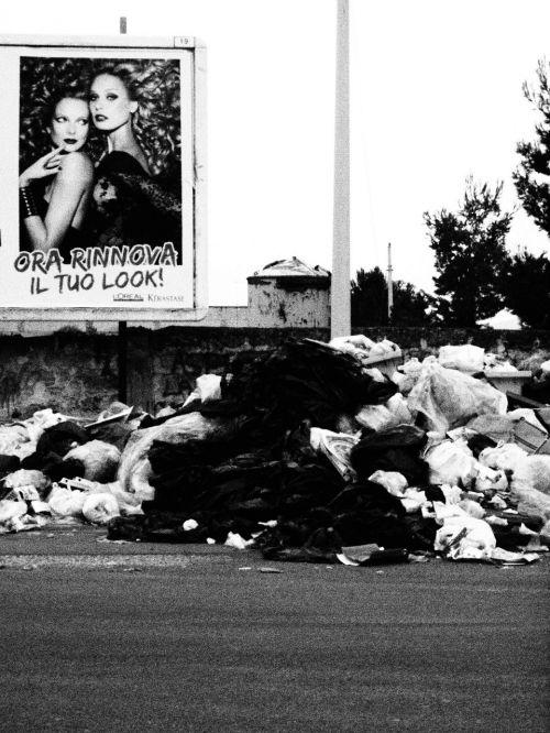 monnezza garbage trash