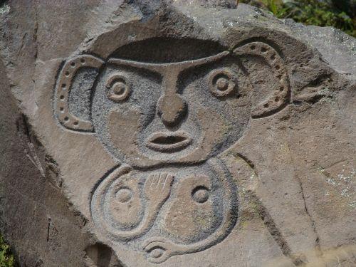 monolith guano ecuador