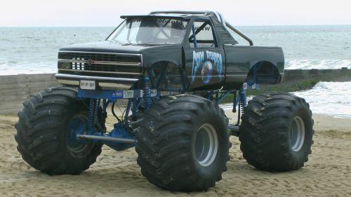 Monster Wheels Pick Up Truck