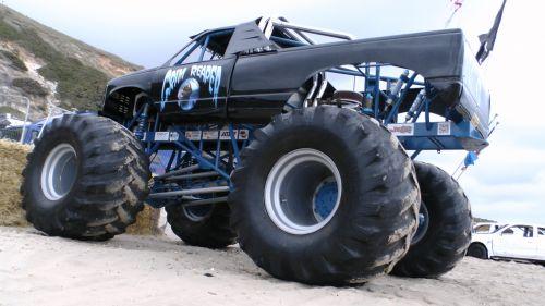 Monster Wheels Pickup Truck