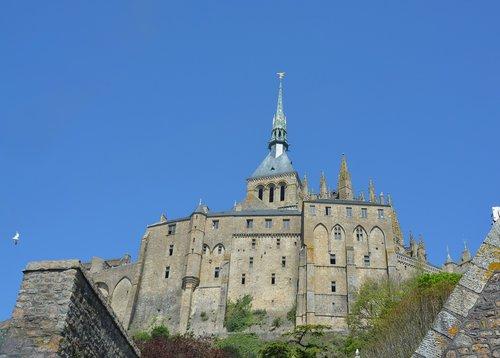 mont saint michel  bay of mont-saint-michel  abbey