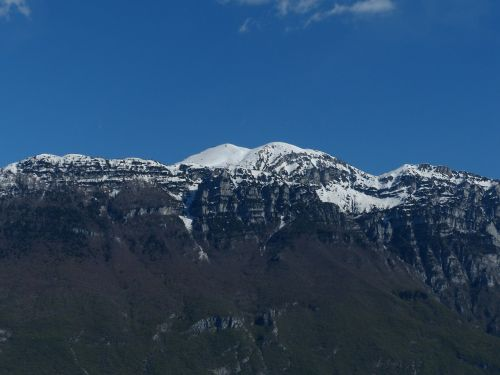monte altissimo monte altissimo di modena mountain