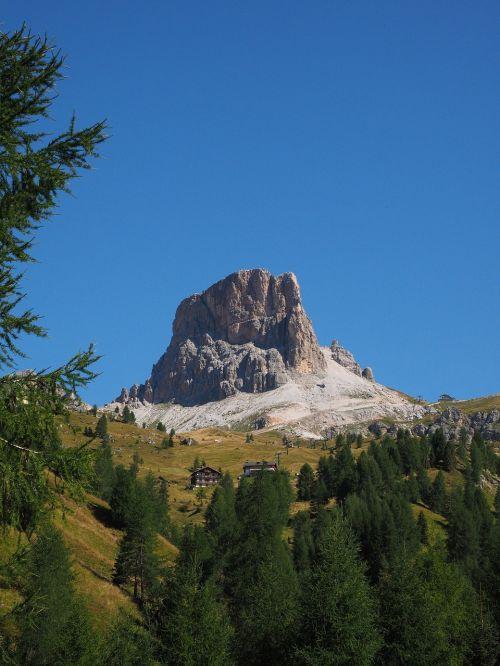 monte averau mountain mountain group