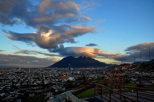 monterrey cloud cerro