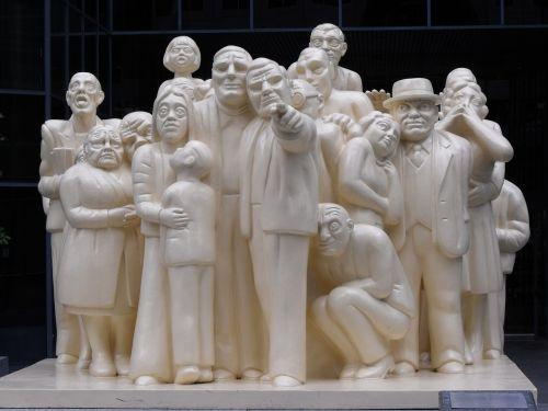 montréal statues downtown