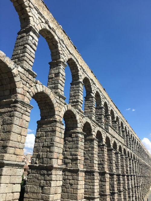 monument aqueduct segovia