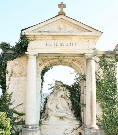 monument commemorate memories