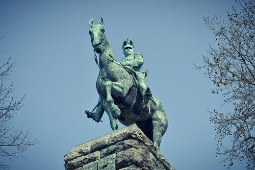 monument  kaiser wilhelm ii  historically
