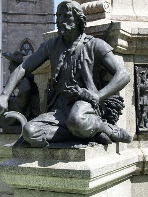 monument statue stone