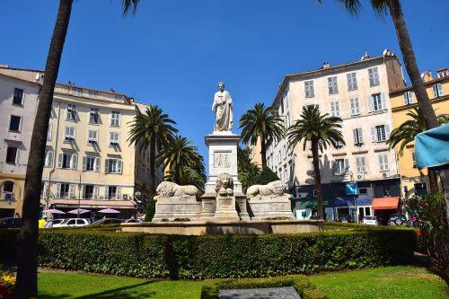 monument napoleon napoleon bonaparte