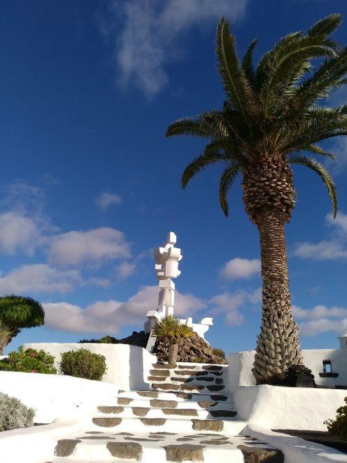 monument to the peasant lanzarote cactlanzarote