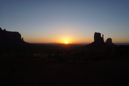 monument valley  morning  rising sun