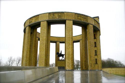 monuments nieuwpoort coast