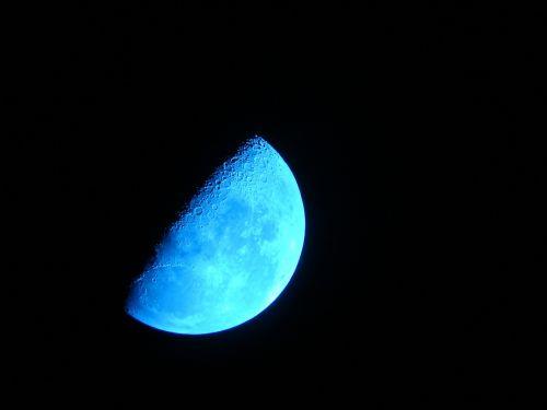 moon crescent sky