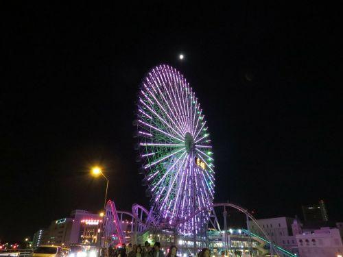 moon ferris wheel amusement park