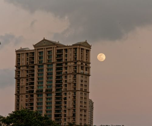 moon building india