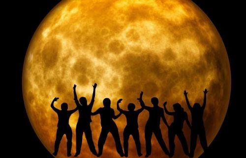moon joy cheers