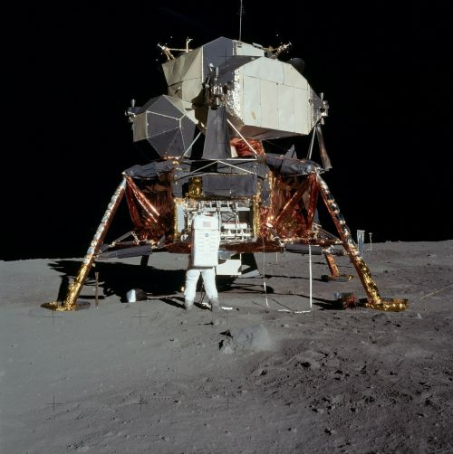moon landing apollo 11 buzz aldrin