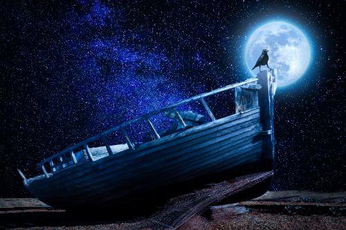 moonlight boot old boat