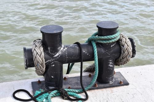 mooring rope support