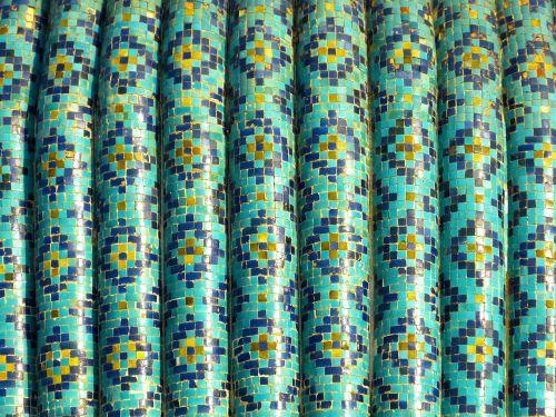 mosaic pattern artfully