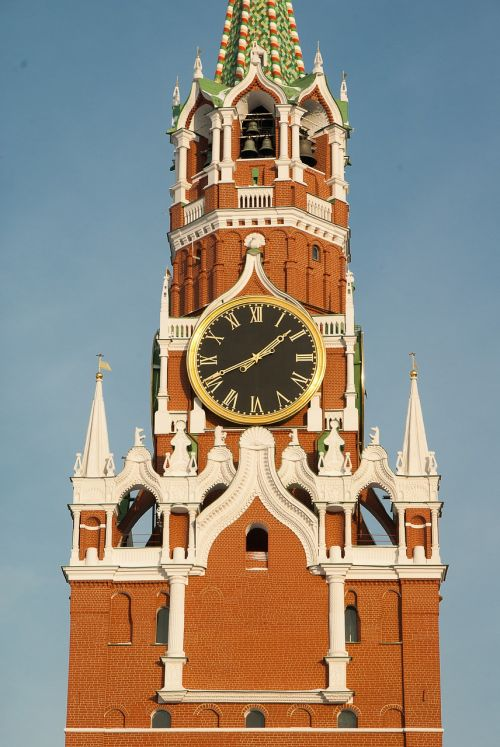 moscow kremlin tower of the savior