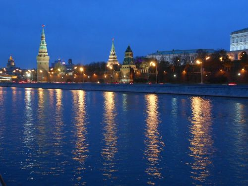 moscow evening river