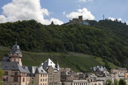 mosel bernkastel kues landshut castle