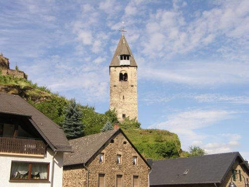 mosel church building