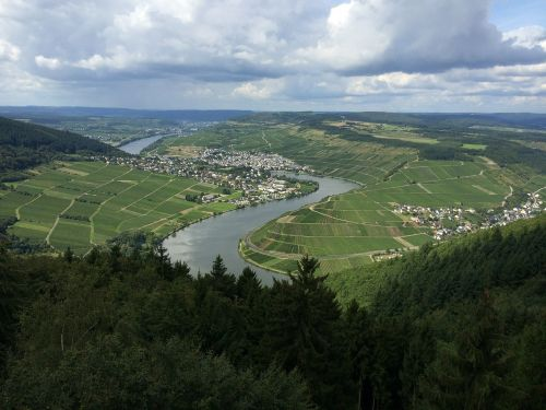 mosel river bend