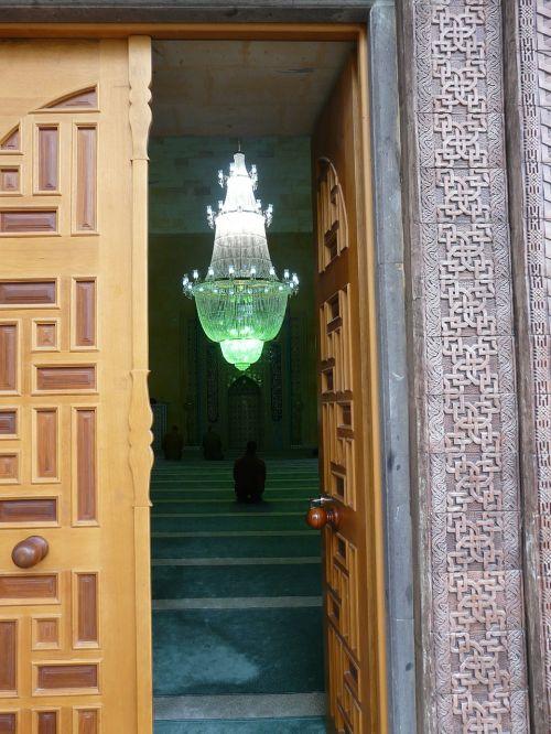 mosque input door