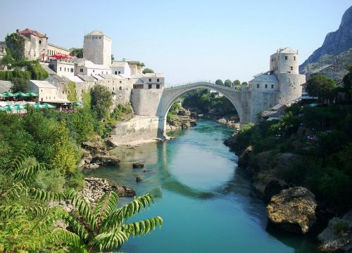 mostar bridge river