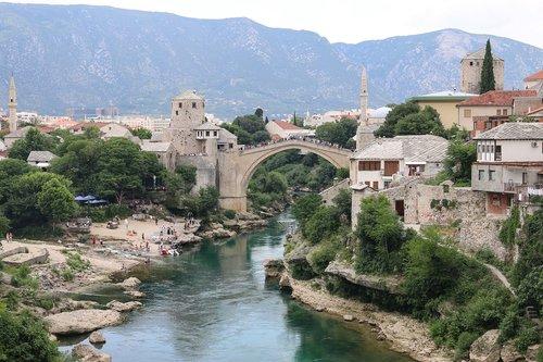 mostar  bosnia  stari most