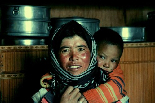 mother ladakh india