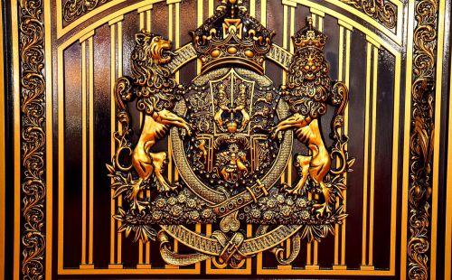 motifs iron doors decorate