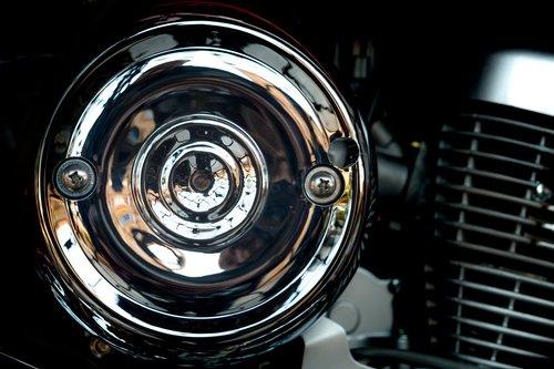 moto  engine  highlights