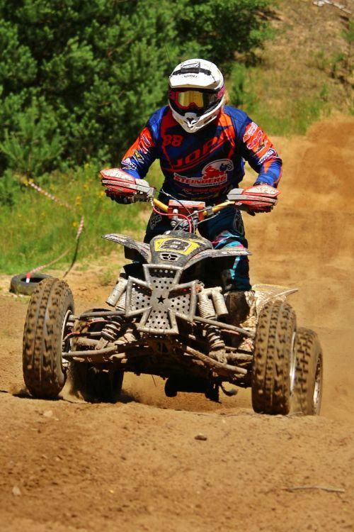 motokroso,quad,ATV,Quad race,enduro,visureigė transporto priemonė,motorsportas,smėlis,lenktynės,motokroso važiavimas,motociklas,kirsti,motociklų sportas,lenktynės,variklis,reljefas