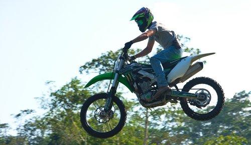 motocross  jump  airborne