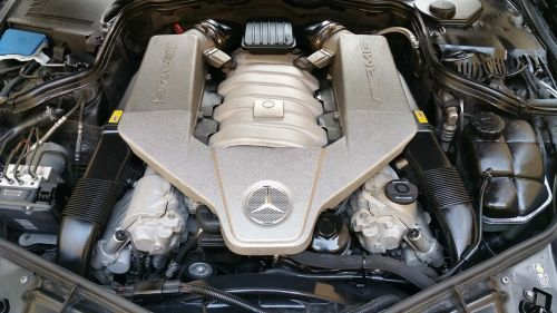motor mercedes amg
