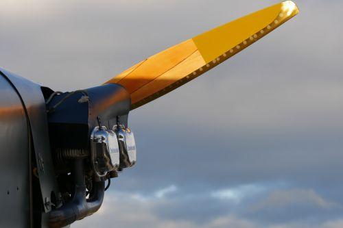 motor continental propeller