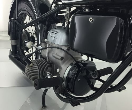 motor boxer petrol engine