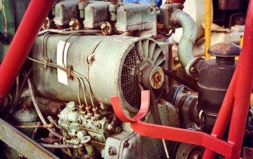 motor tractor diesel