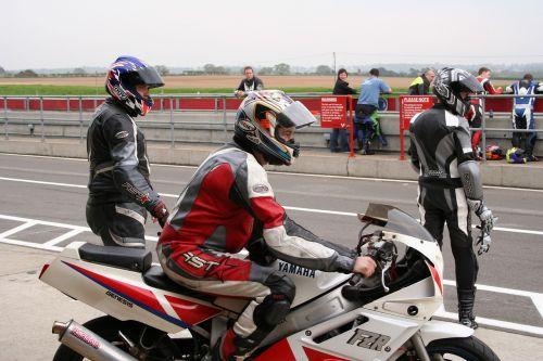 motorbike race waiting