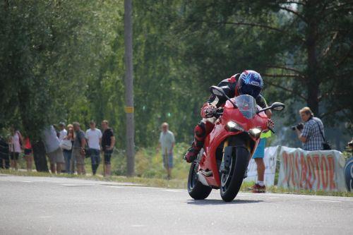 motorbike speed race