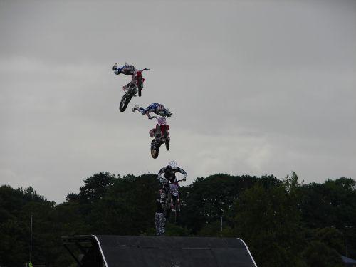motorbikes extreme risk