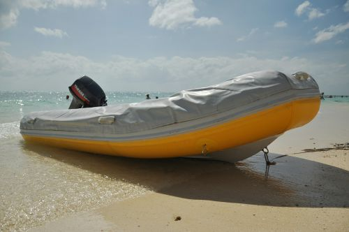 motorboat rubber boat life raft