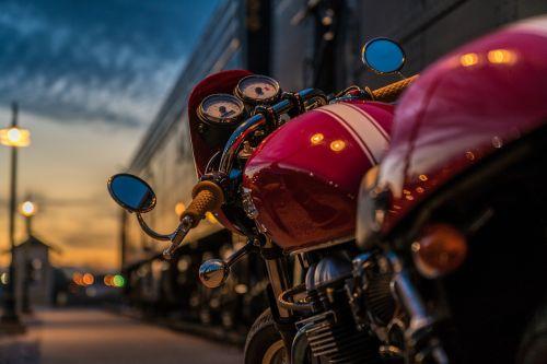 motorcycle triumph thruxton