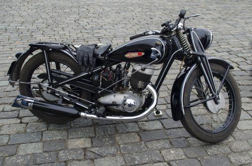 motorcycle wheel rakurs