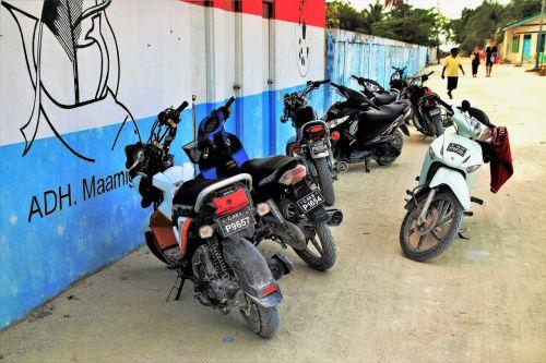 motorcycle dusty street