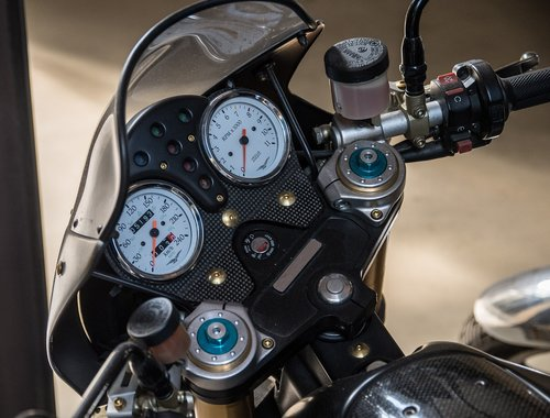 motorcycle  display instruments  speedometer